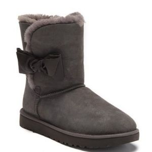 UGG Daelynn Boots charcoal color